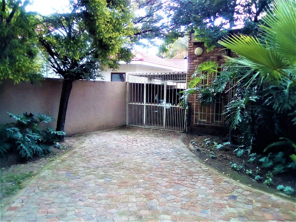 3 Bedroom House for sale in Sunward Park ENT0090548 : photo#9