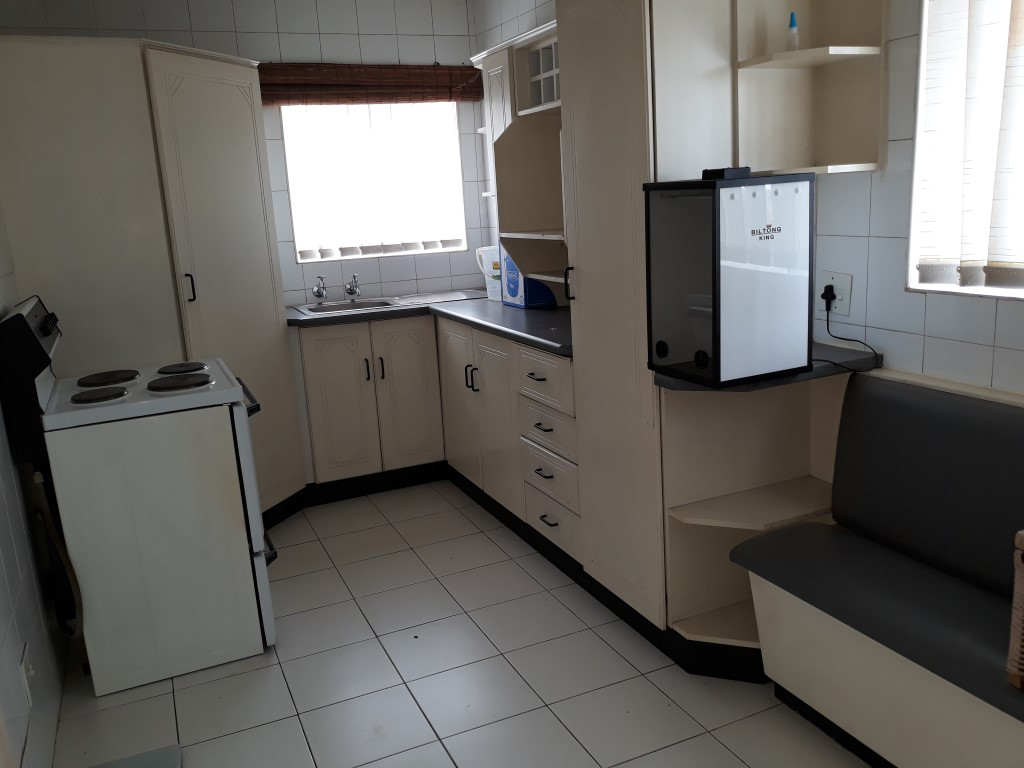 3 Bedroom House for sale in Verwoerdpark ENT0084746 : photo#1