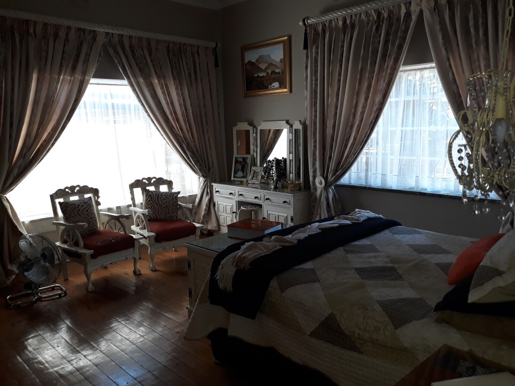 4 Bedroom House for sale in Florentia ENT0085926 : photo#16