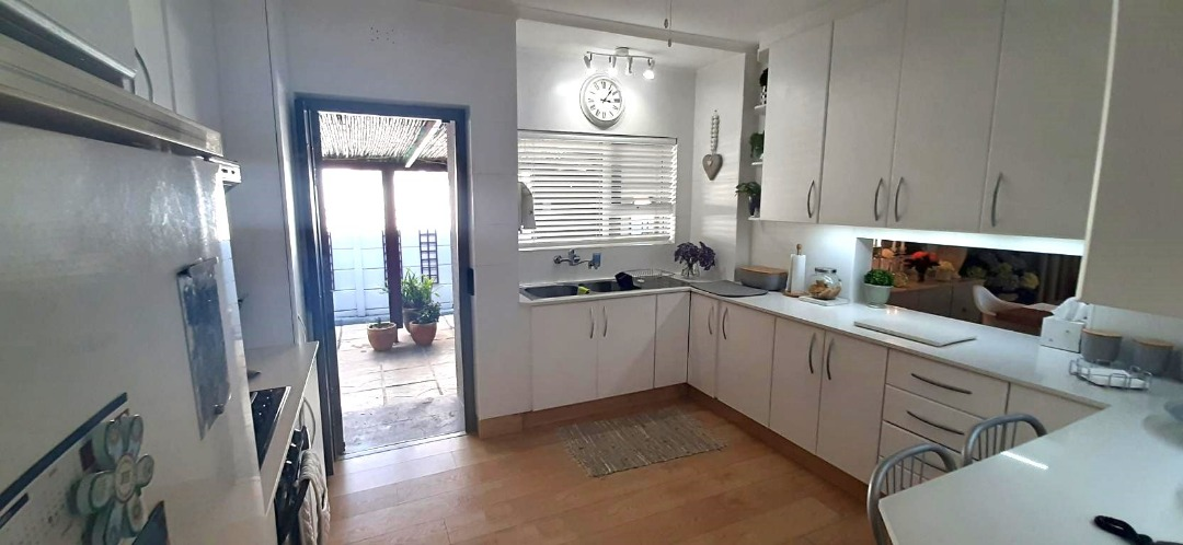 3 Bedroom House in Strand North