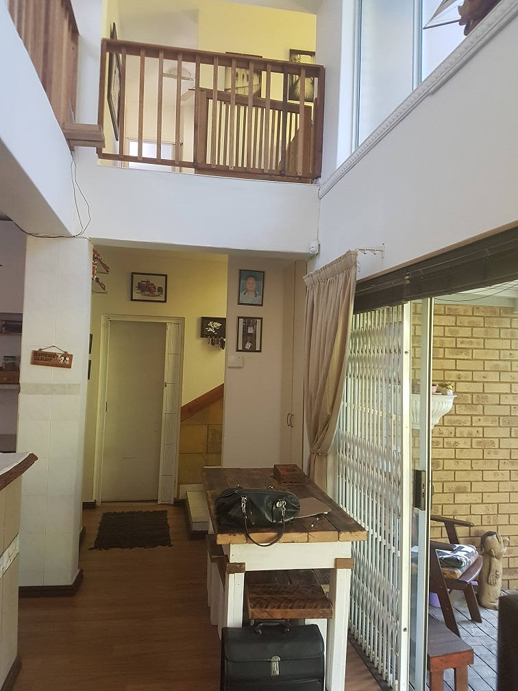 3 BedroomTownhouse For Sale In Athlone Park