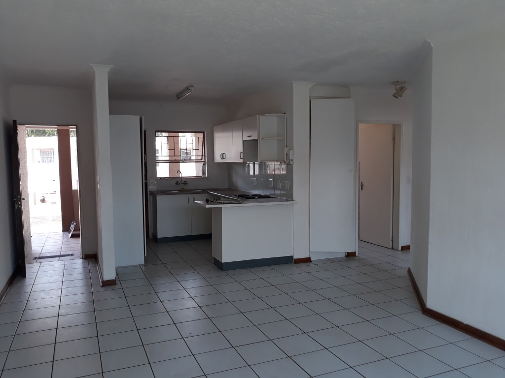 2 Bedroom Townhouse for sale in Glenanda ENT0079380 : photo#5