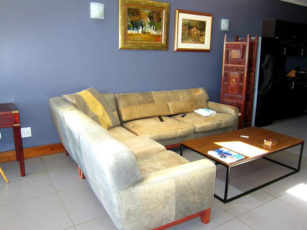 2 BedroomApartment To Rent In Sandhurst