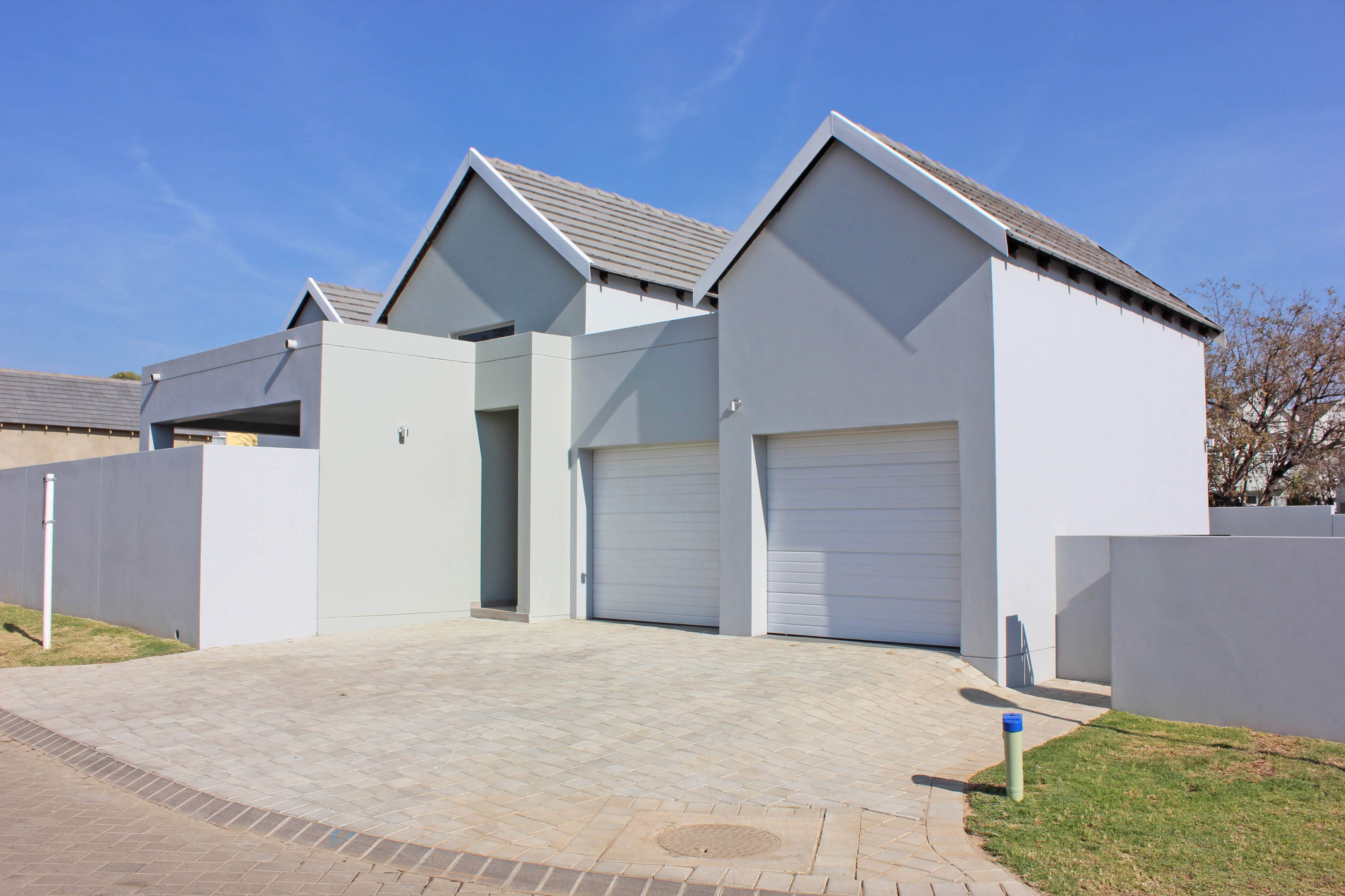 3 Bedroom Townhouse for sale in North Riding ENT0075308 : photo#3