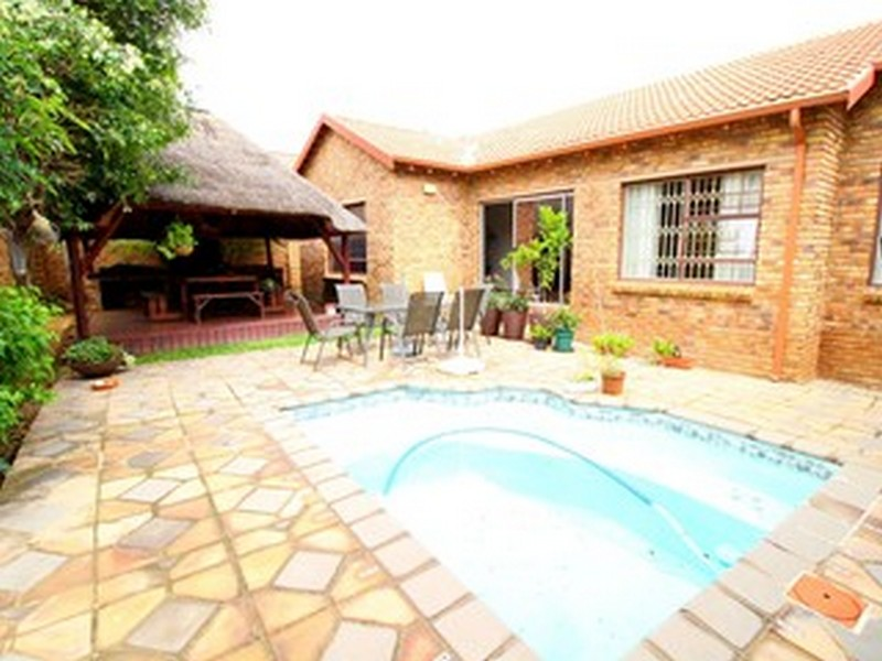 3 Bedroom Townhouse for sale in Kyalami Hills ENT0029715 : photo#6
