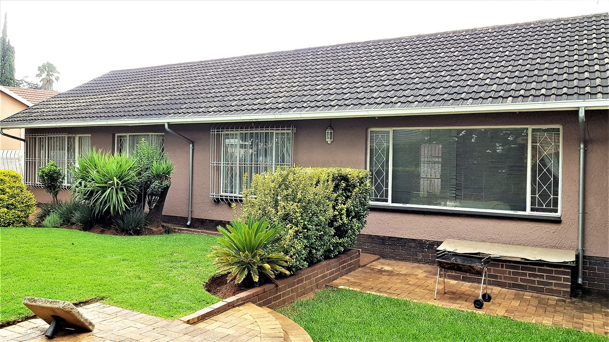 3 Bedroom House for sale in Verwoerdpark ENT0084389 : photo#19
