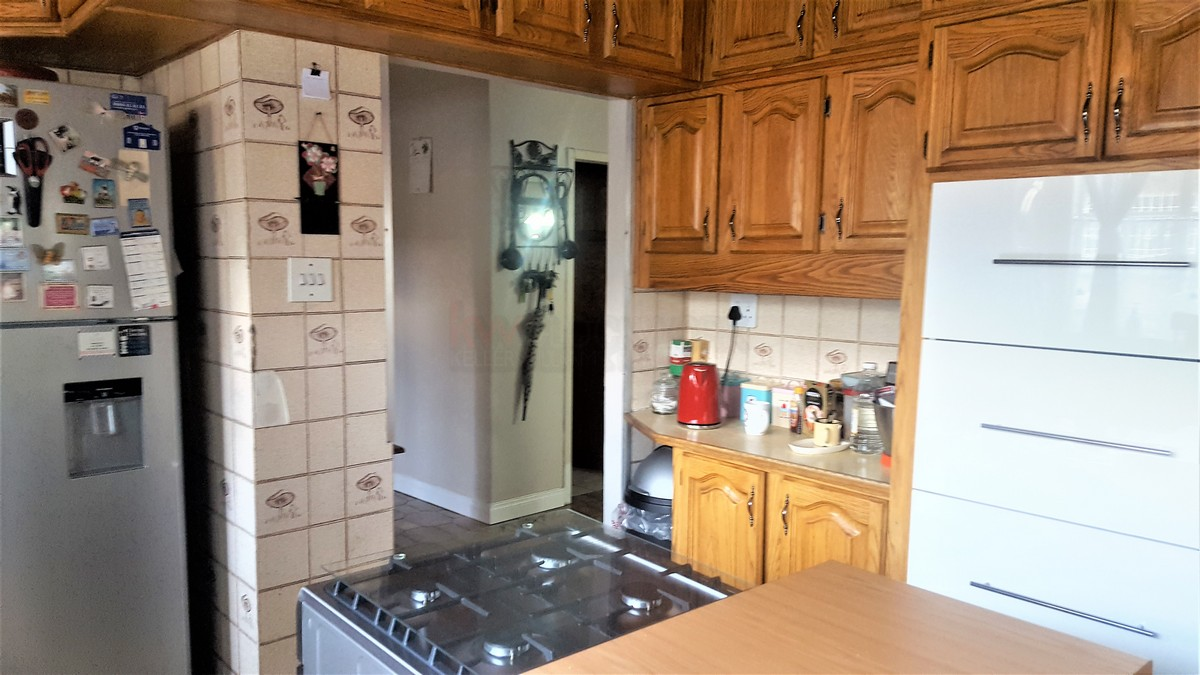 4 Bedroom House for sale in Verwoerdpark ENT0079262 : photo#5