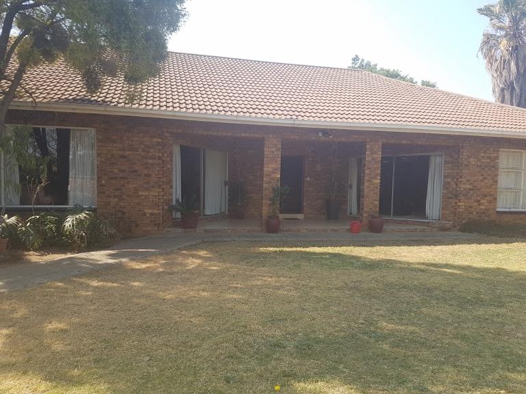 3 Bedroom House for sale in Sunward Park ENT0066969 : photo#0