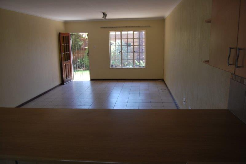 2 Bedroom Townhouse sold in Clubview ENT0067689 : photo#9