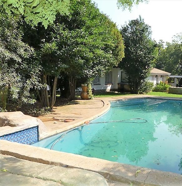 3 BedroomHouse For Sale In Glen Marais