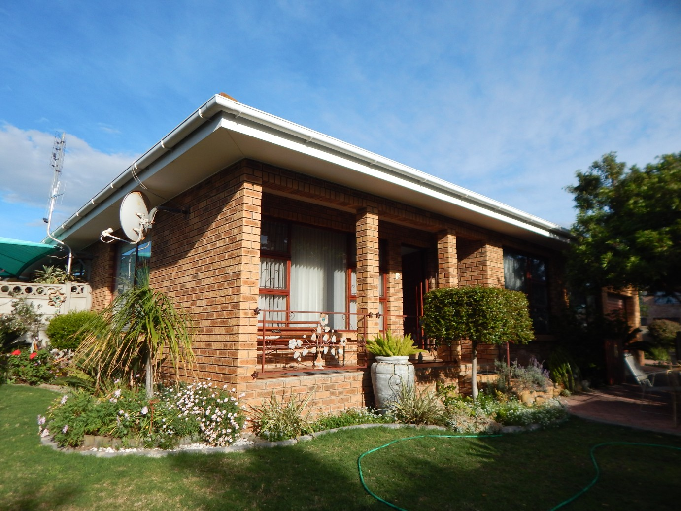 Well built family home in quiet street in Bay View, Mossel Bay