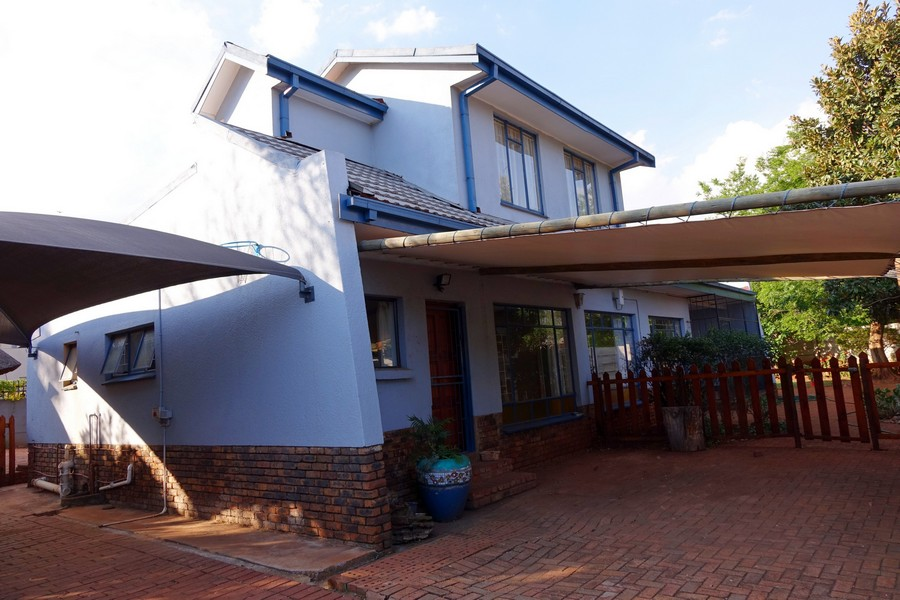URGENT SALE! Exclusive Sole Mandate  4 Bedroom Family House in Doringkloof
