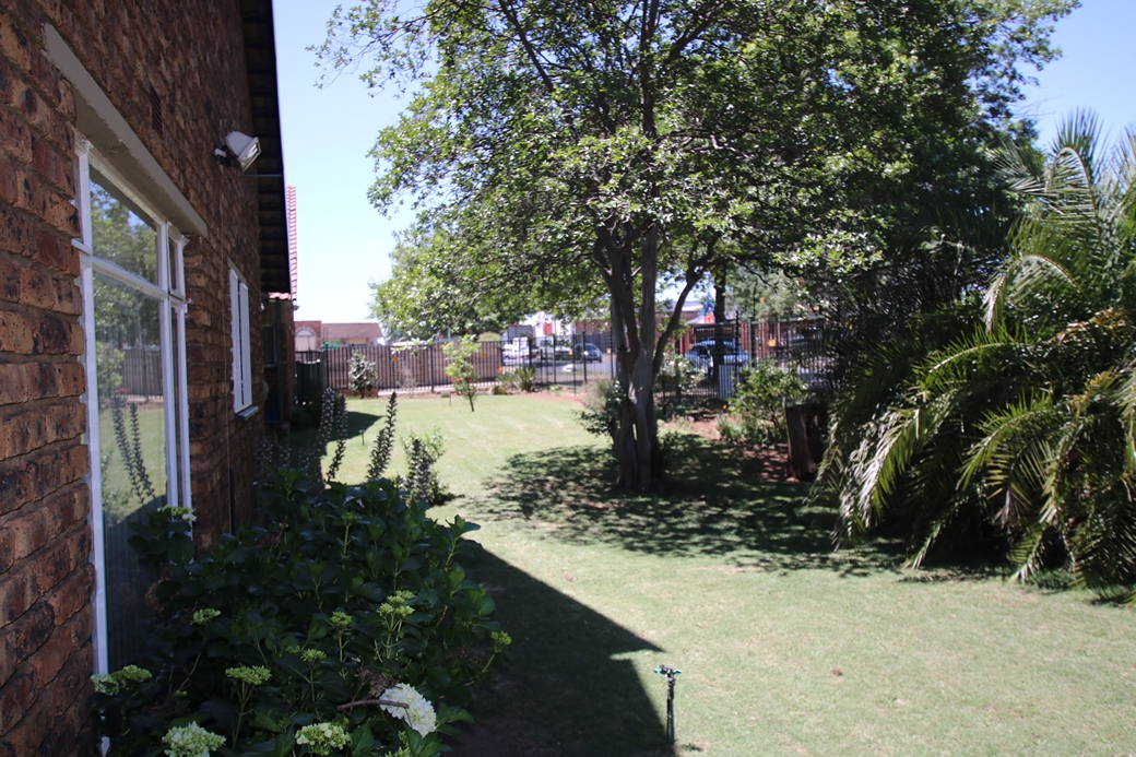 2 BedroomTownhouse For Sale In Middelburg