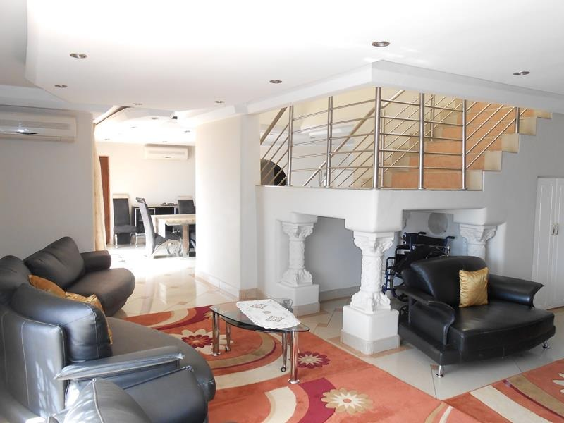 Stunning 5 Bed home Lenasia Ext 5