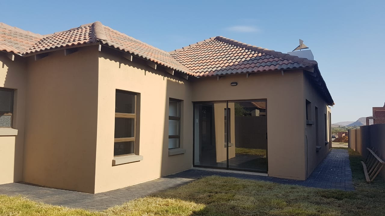 Beautifull 3 bedroom Single Storey house for Sale
