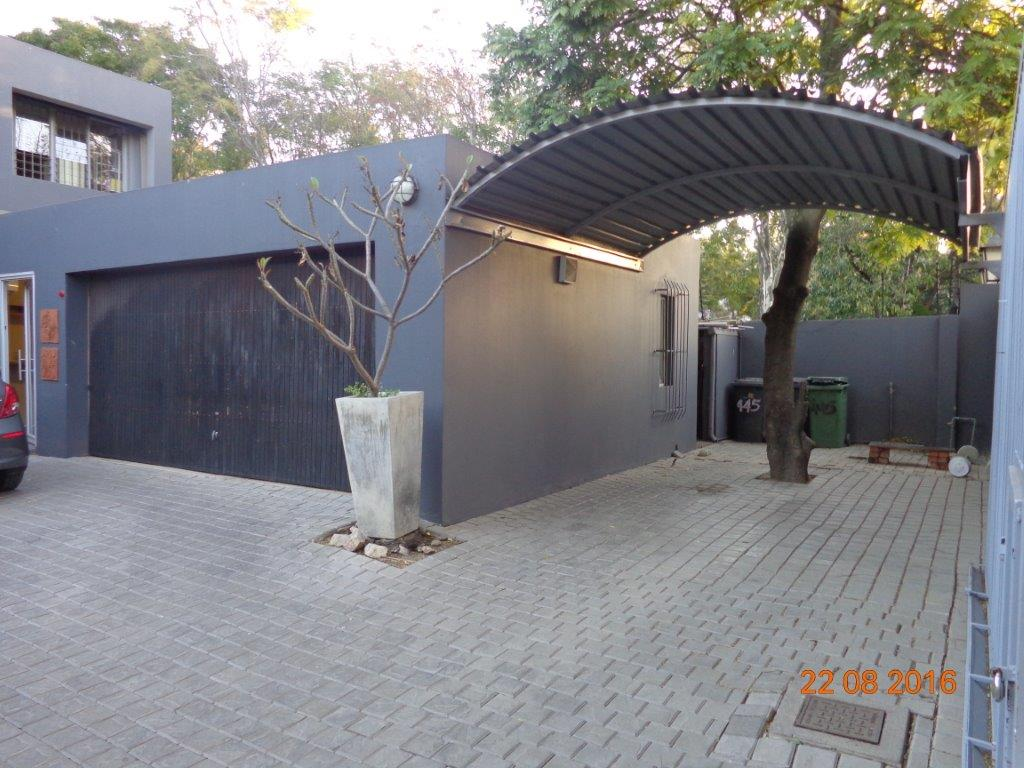 5 Bedroom House for sale in Waterkloof ENT0004727 : photo#1