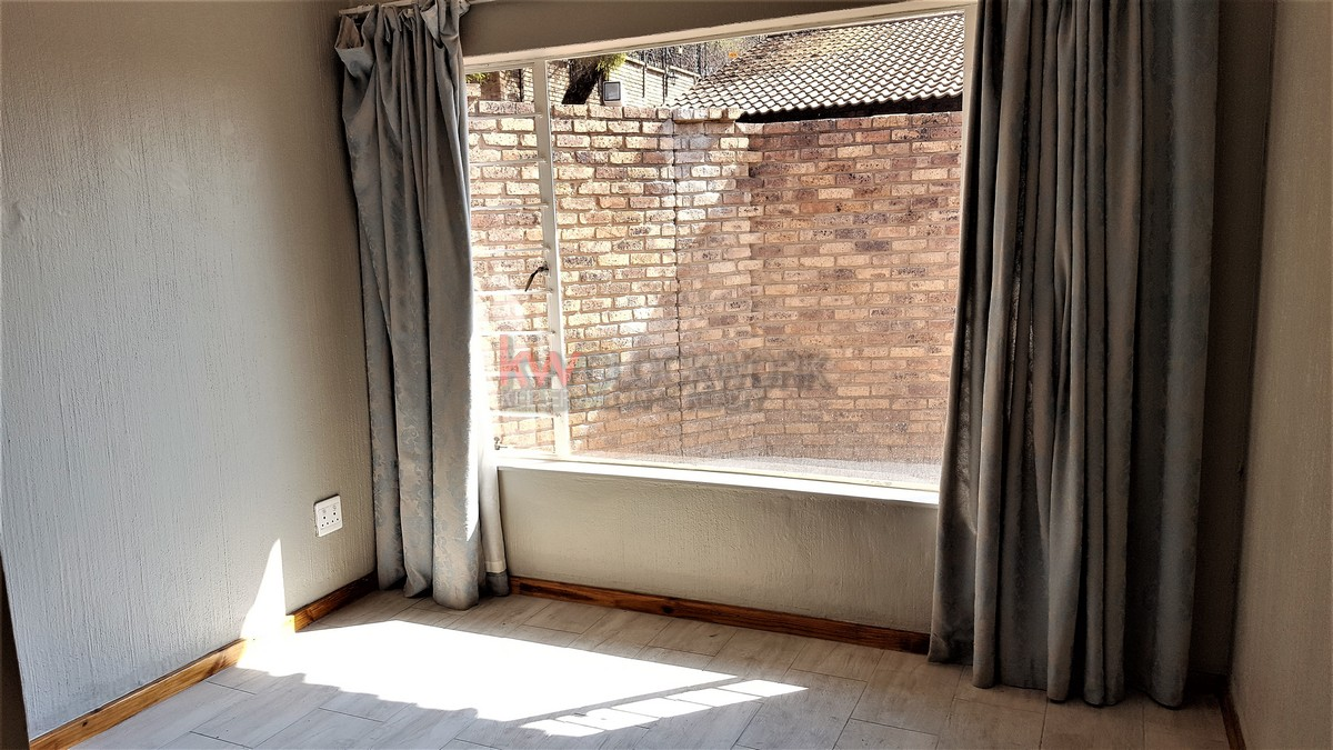 3 Bedroom Townhouse for sale in Glenvista ENT0067829 : photo#12