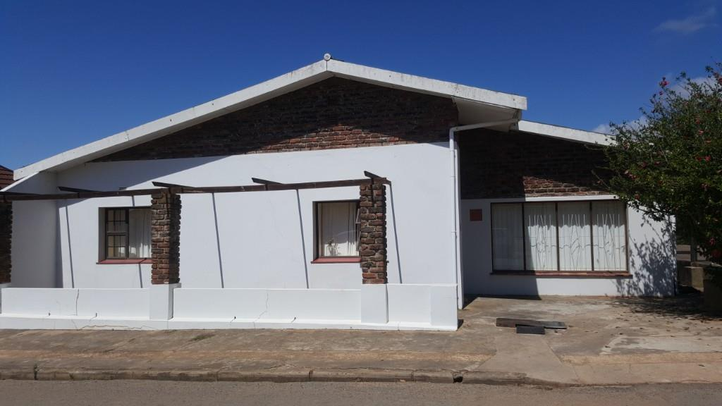 3 BedroomHouse For Sale In Albertinia