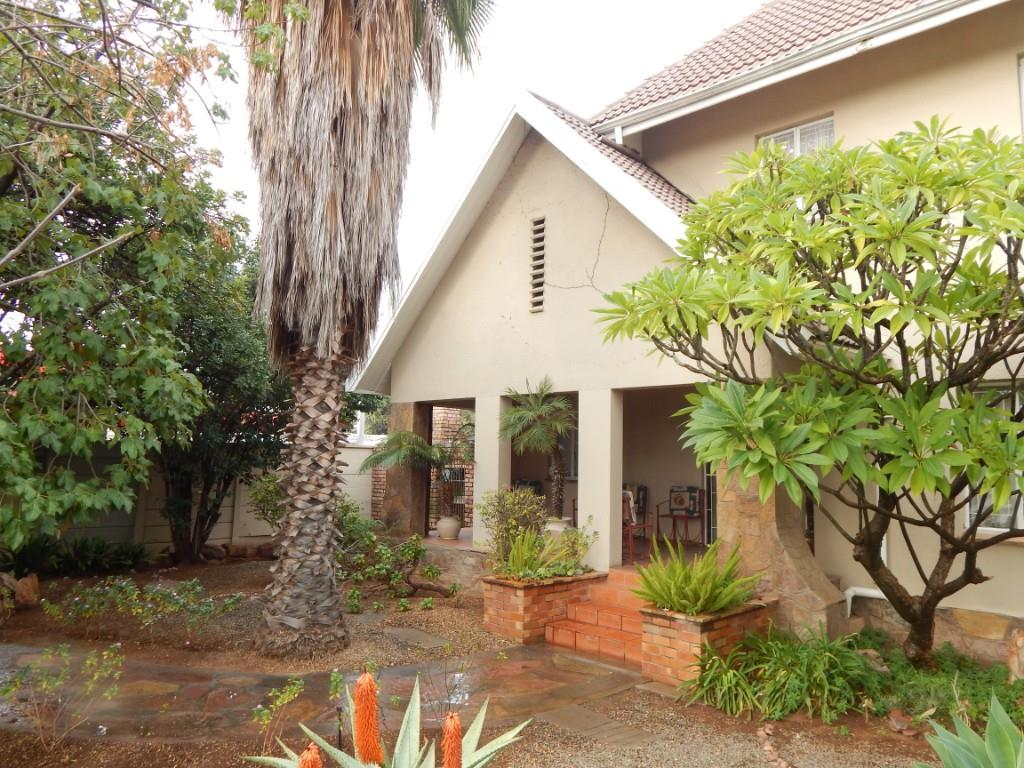 5 BedroomHouse For Sale In West Bank