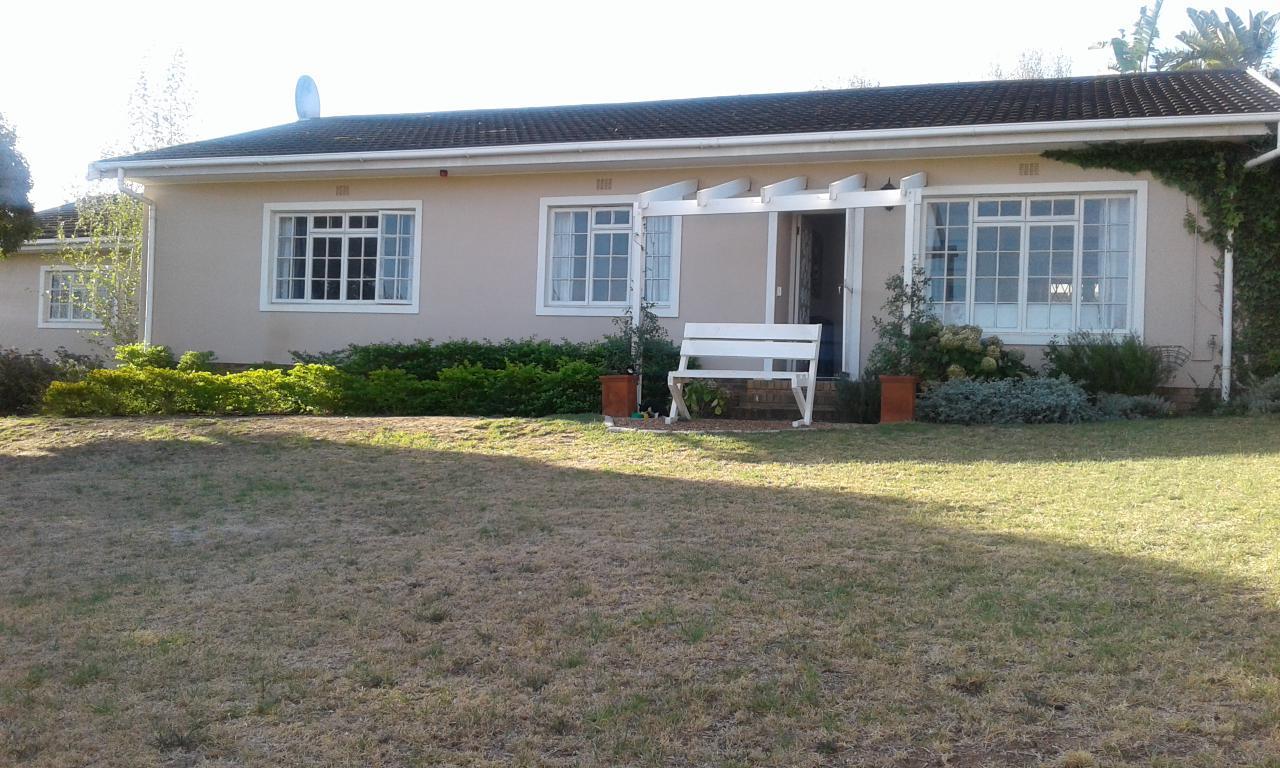3 BedroomHouse For Sale In Heldervue