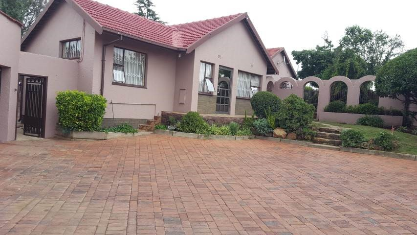 4 Bedroom House for sale in Alan Manor ENT0090580 : photo#0