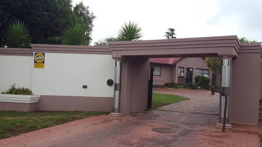 4 Bedroom House for sale in Alan Manor ENT0090580 : photo#3
