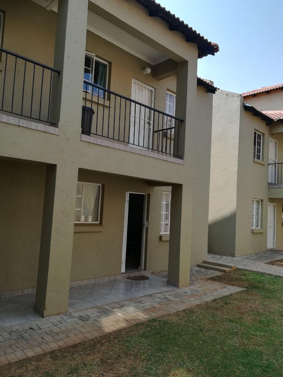 2 Bedroom Apartment for sale in Van Der Hoff Park ENT0066881 : photo#1