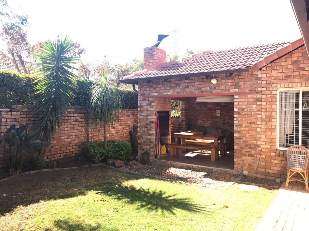 Lovely simplex in sought after Olivedale
