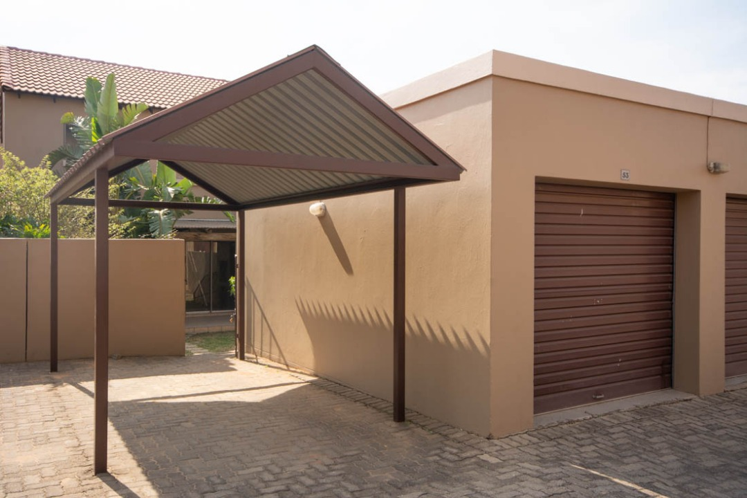 Two Bedroom townhouse in Northriding