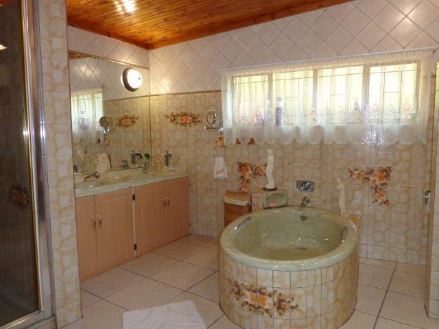 5 Bedroom House for sale in Waterkloof Heights ENT0003025 : photo#25