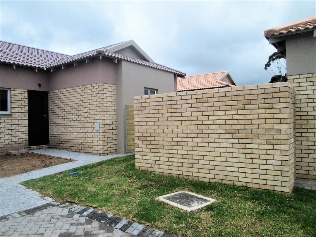 Brand New Development - Oude Kloof - Mooikloof Country Estate
