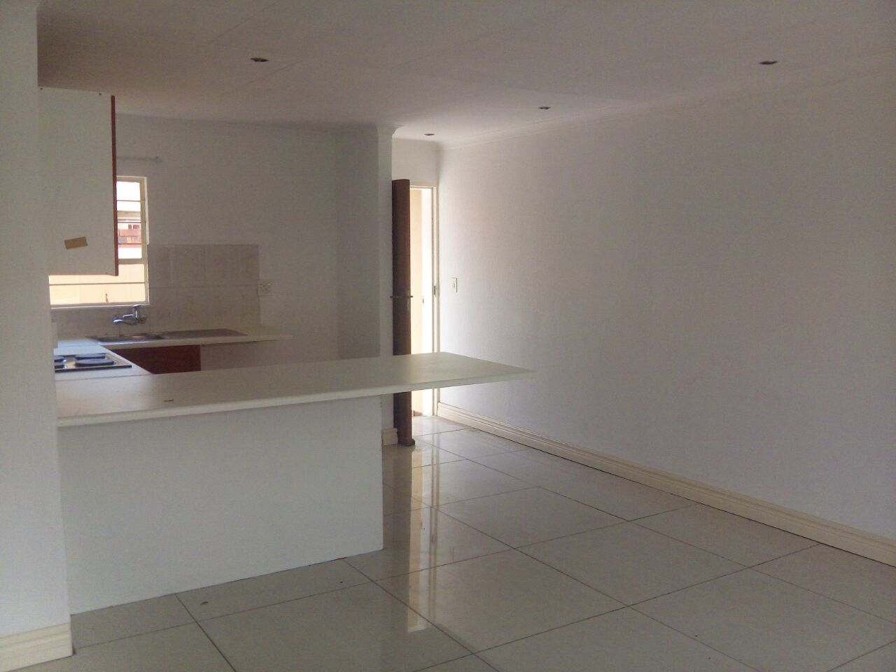 2 Bedroom Townhouse for sale in Sunninghill ENT0074719 : photo#6