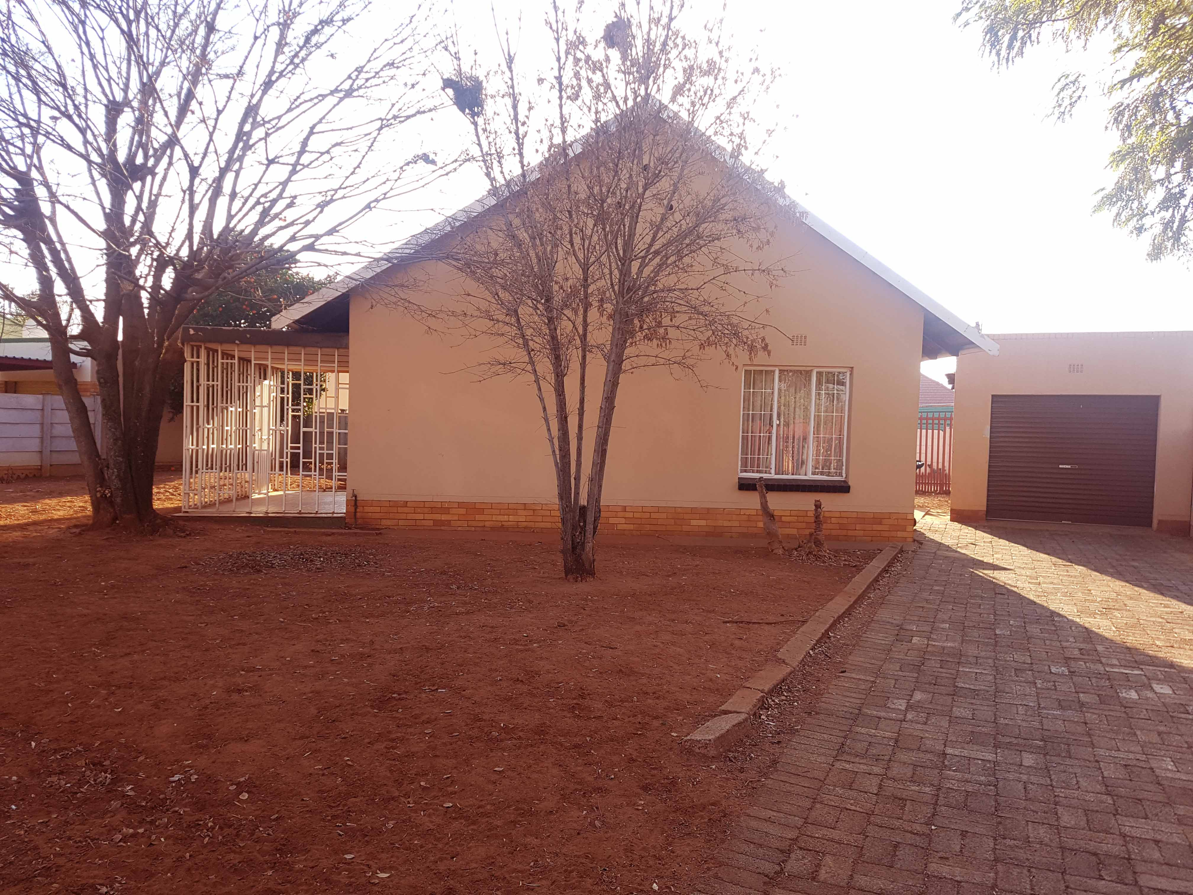 2 BedroomHouse For Sale In Stilfontein Ext 1