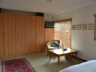 3 Bedroom House for sale in Garsfontein ENT0079940 : photo#9