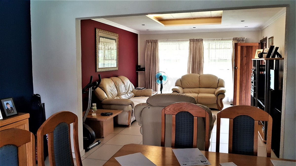 3 Bedroom House for sale in Verwoerdpark ENT0084386 : photo#8