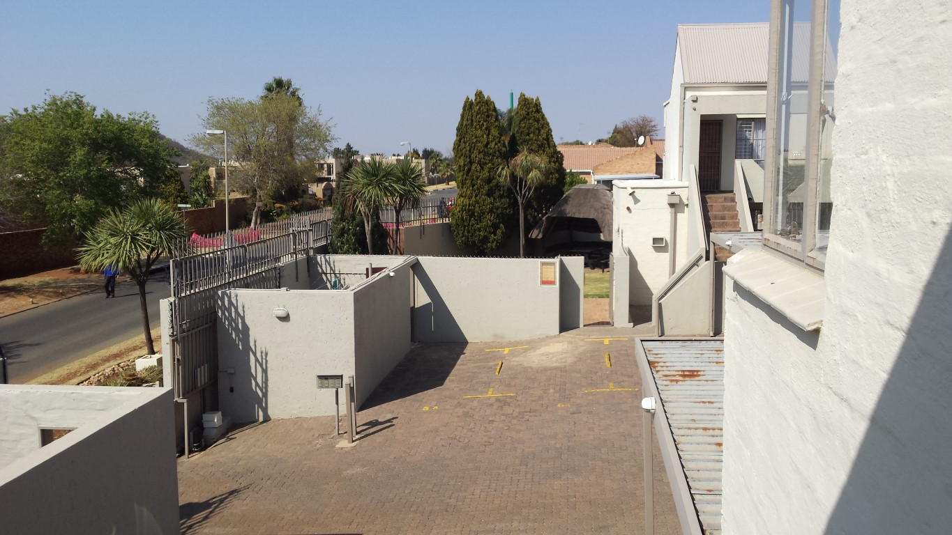 2 Bedroom Townhouse for sale in Glenvista ENT0056794 : photo#7