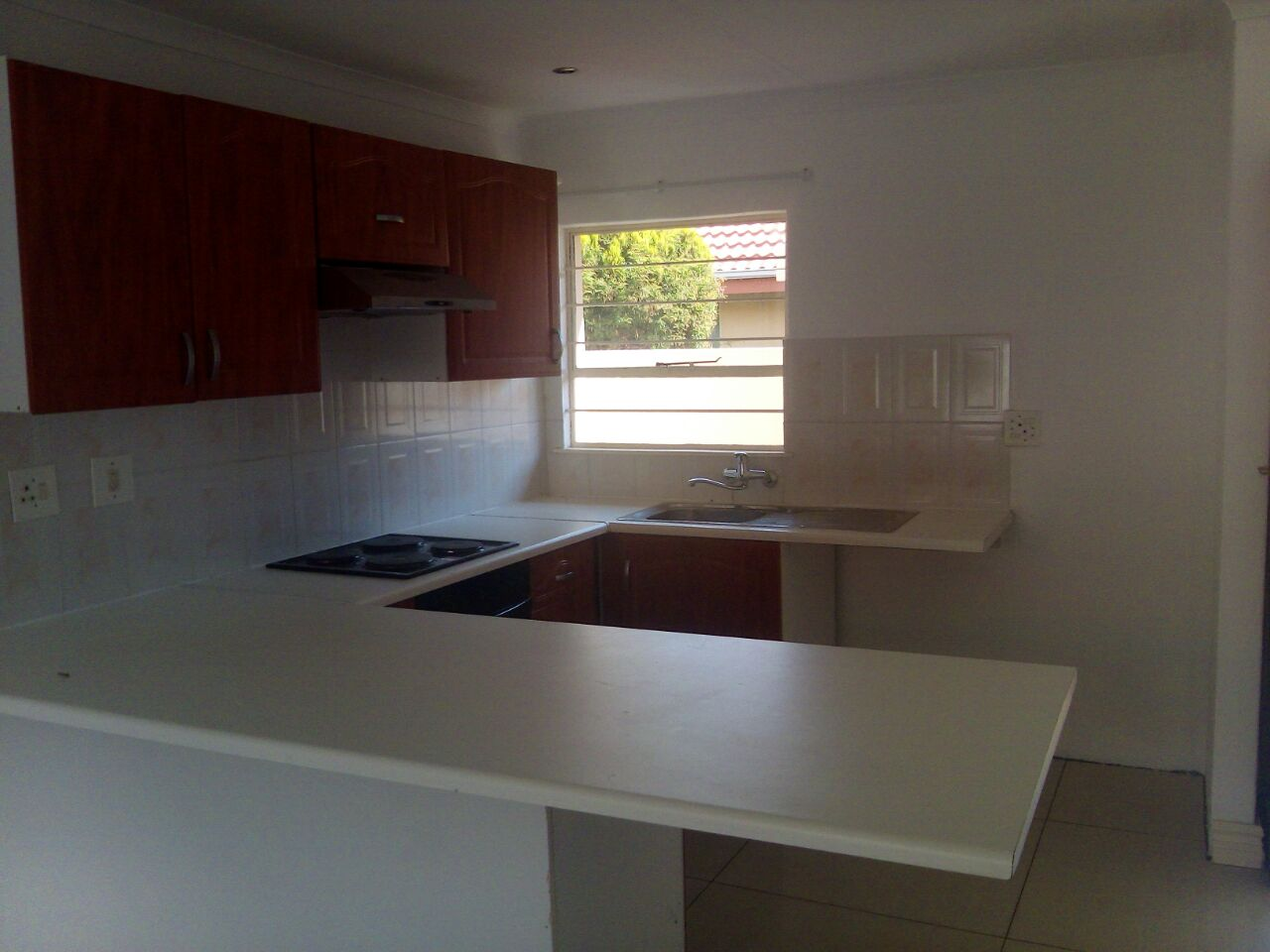 2 Bedroom Townhouse for sale in Sunninghill ENT0074719 : photo#5