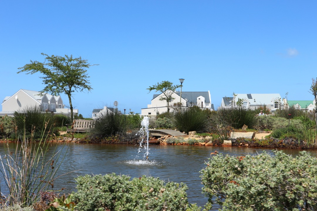 Spacious plot in sought after security compllex - Westcliff