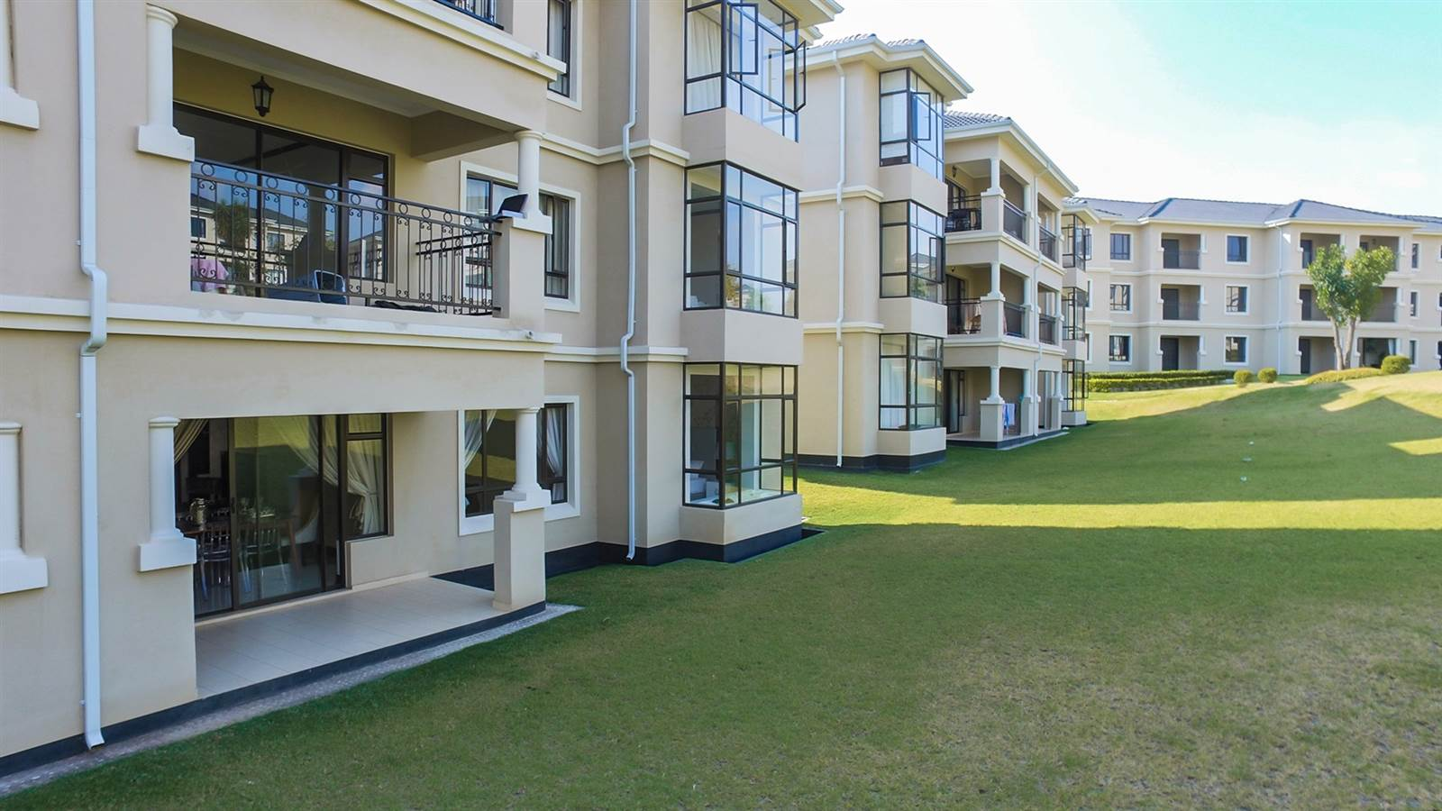 2 Bedroom Apartment for sale in Fourways ENT0040134 : photo#1