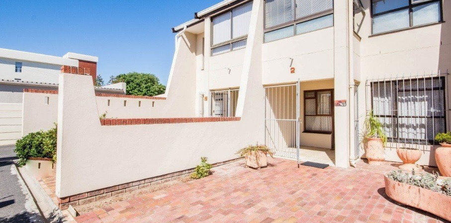 Stunning Townhouse For Sale