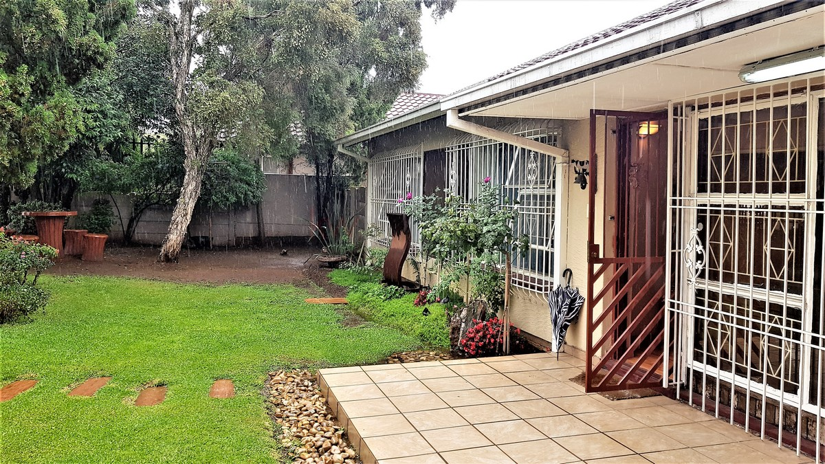 3 Bedroom House for sale in Verwoerdpark ENT0084632 : photo#16