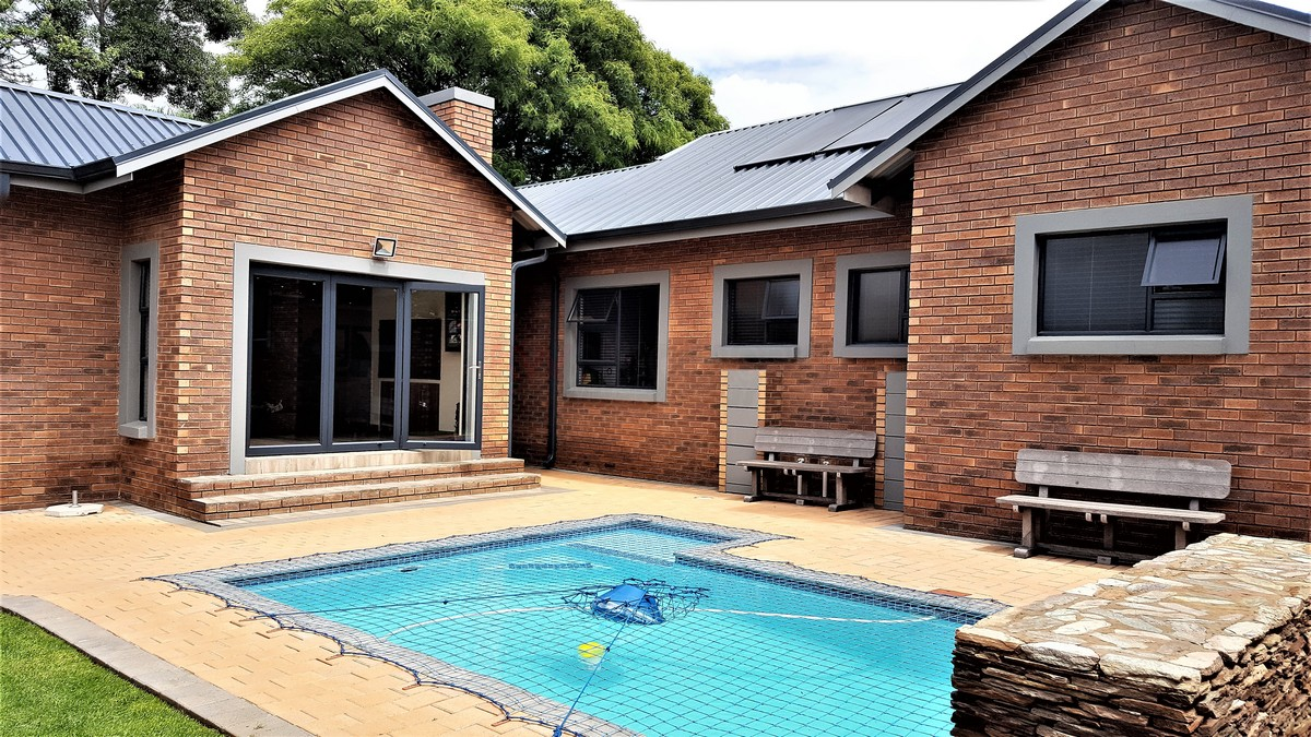 4 Bedroom House for sale in Randhart ENT0080568 : photo#1