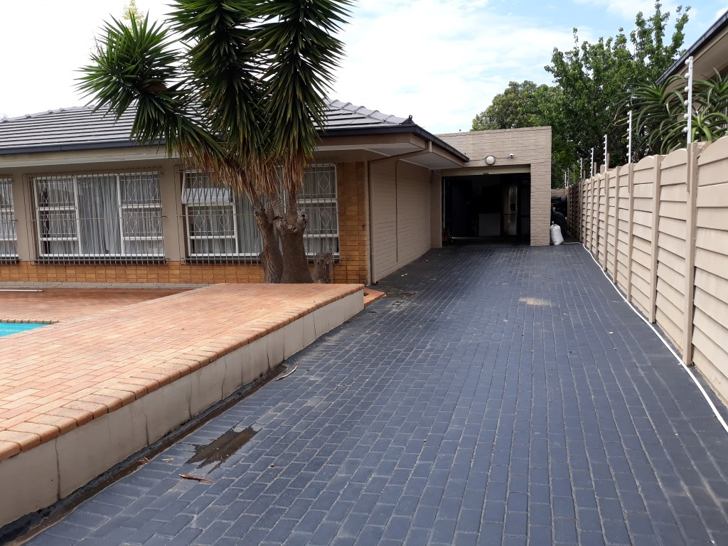3 Bedroom House for sale in South Crest ENT0080475 : photo#7
