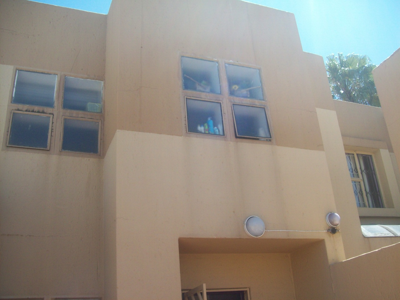 3 Bedroom Townhouse for sale in Bassonia ENT0071278 : photo#3