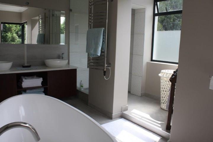 4 Bedroom House for sale in Helderberg Estate ENT0005942 : photo#22
