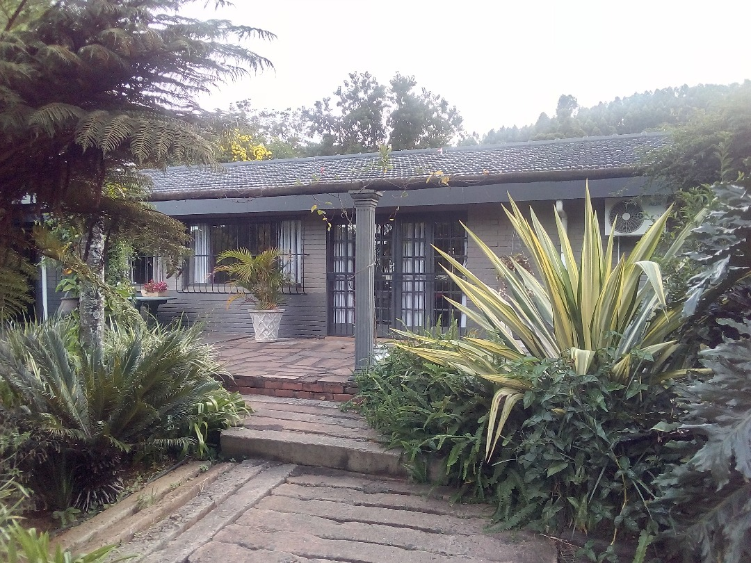 8 BedroomHouse For Sale In Blackridge