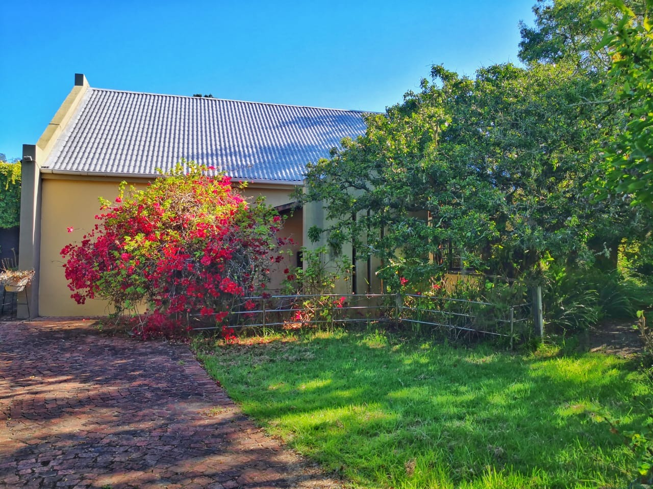 Quaint Compact Dual Living smallholding in the Wilderness Area
