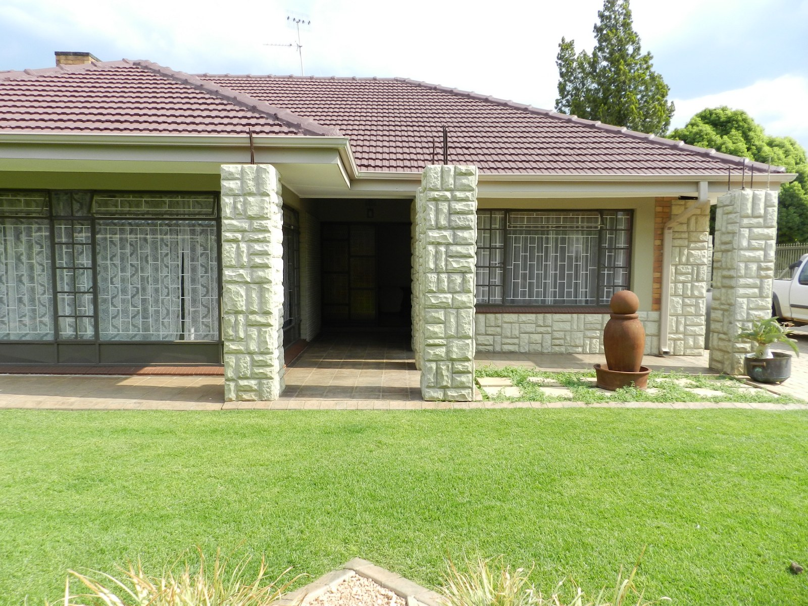 Magnificent family home in Baillie Park.