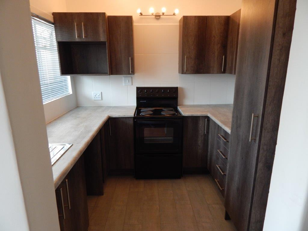 Newly renovated Apartment, 2 Bedroom, 1 Bathroom in Edenvale