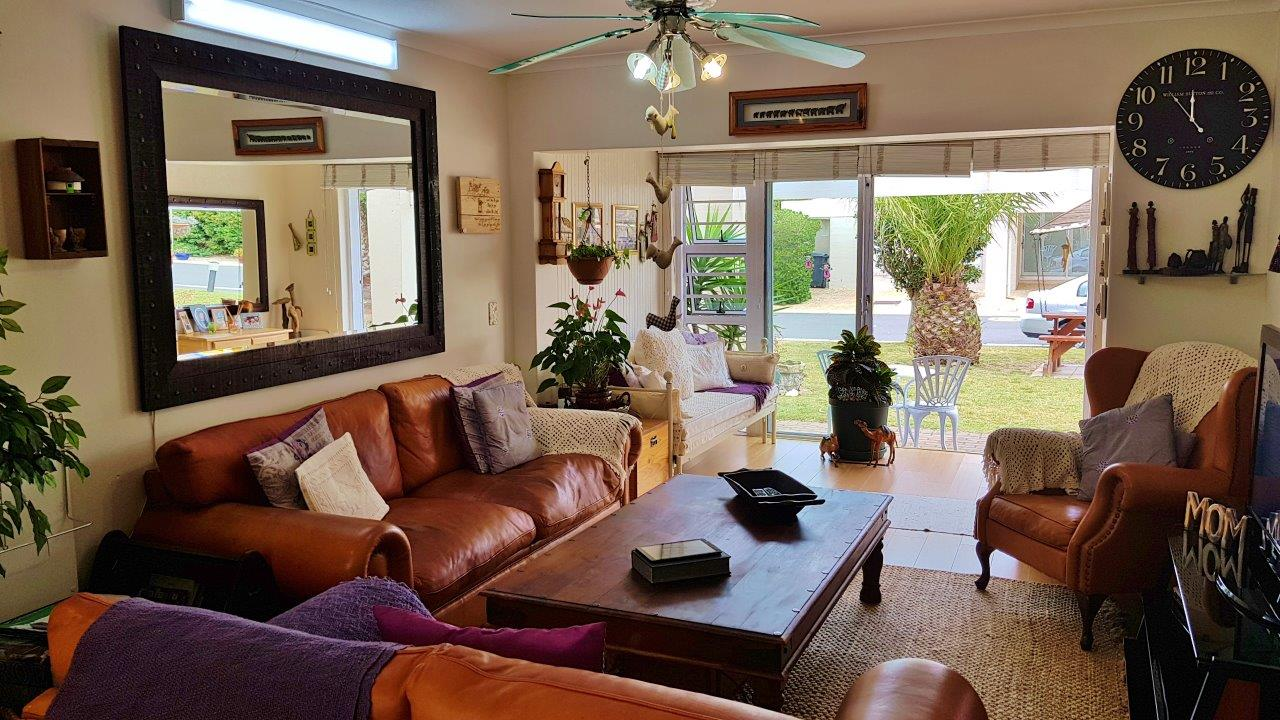 2 BedroomApartment For Sale In Harbour Island